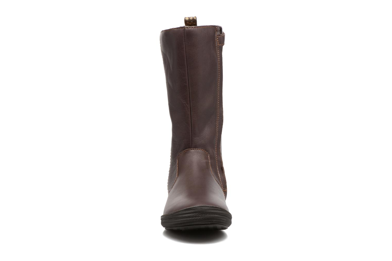 Bottes Minibel Nina Marron vue portées chaussures