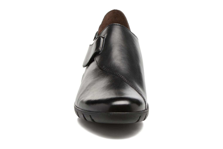 Mocassins Mephisto Luce Noir vue portées chaussures