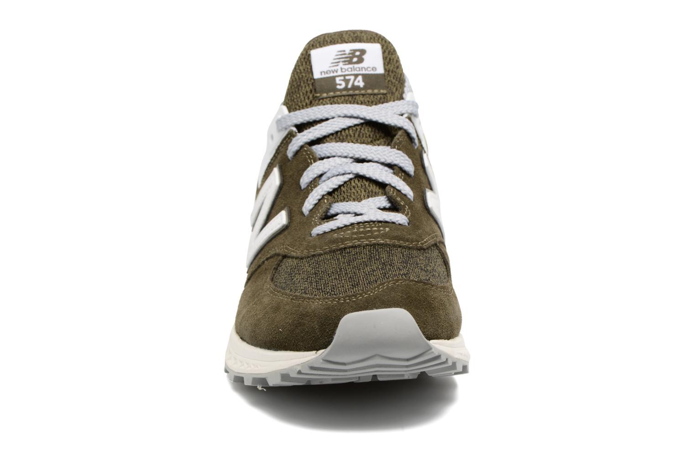 Baskets New Balance MS574 Vert vue portées chaussures