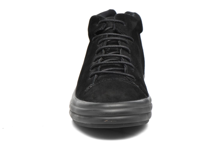 Baskets Camper Hoops K400206 Noir vue portées chaussures