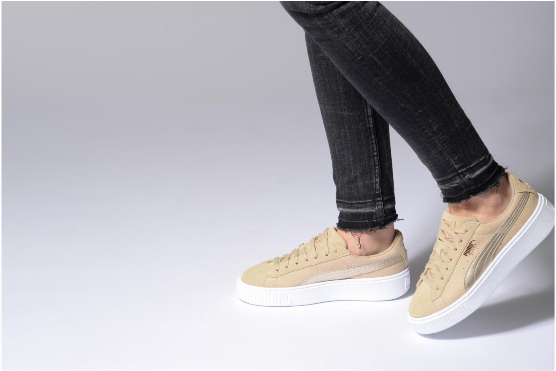 Sneaker Puma Wns Basket Platform Safa grau ansicht von unten / tasche getragen