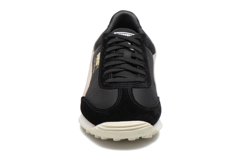 Baskets Puma Easy Rider Noir vue portées chaussures