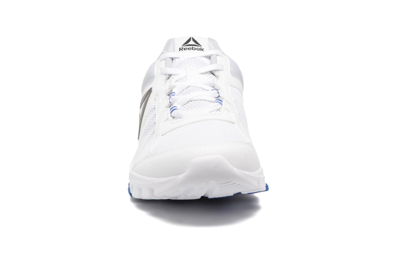 Chaussures de sport Reebok Yourflex Train 9.0 Blanc vue portées chaussures