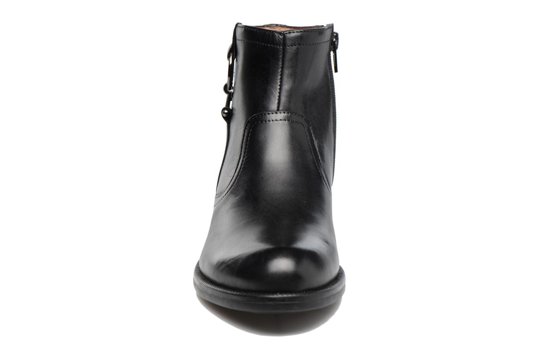 Bottines et boots Stonefly Clyde 24 Noir vue portées chaussures