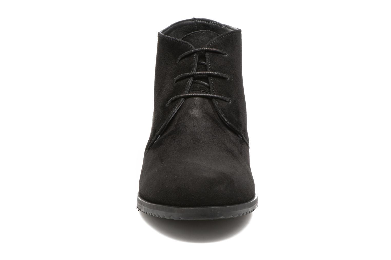 Bottines et boots Hush Puppies Colali Noir vue portées chaussures