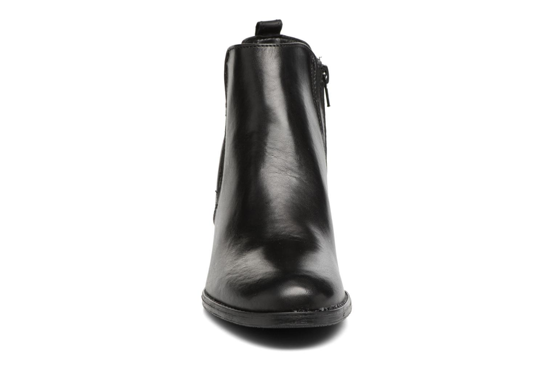 Ankle boots Tamaris Circé Black model view