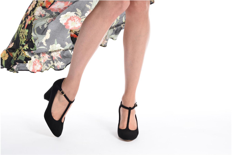 Zapatos de tacón Menbur Buren Beige vista de abajo