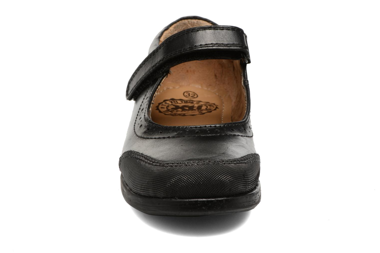 Ballerines Xti 54047 Noir vue portées chaussures