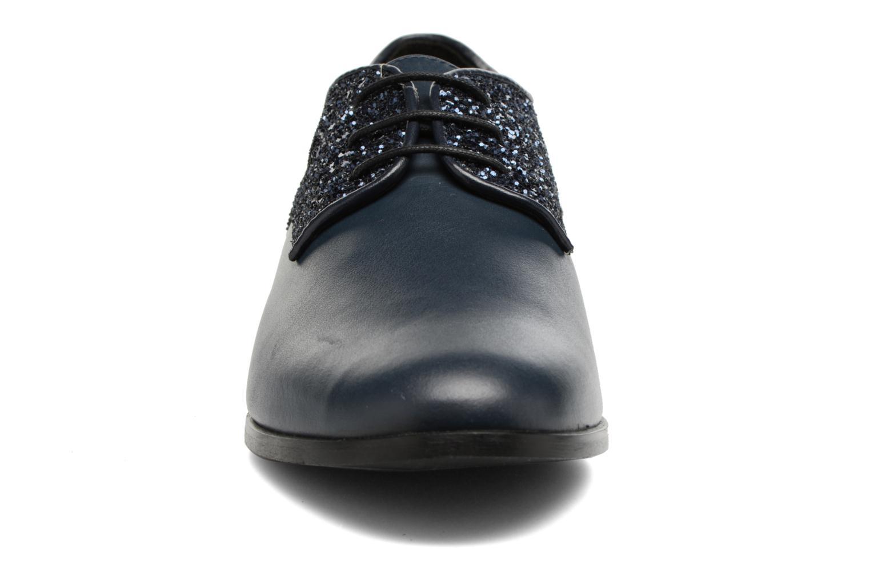 Zapatos con cordones Georgia Rose Louma Azul vista del modelo