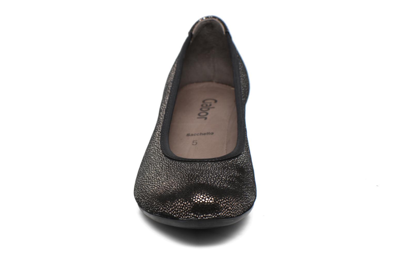 Ballerines Gabor Stellana Noir vue portées chaussures