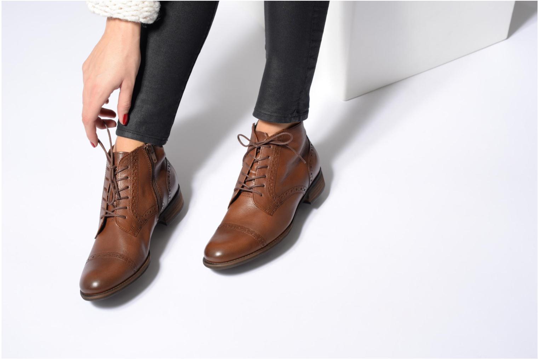 Bottines et boots Gabor Alina Noir vue bas / vue portée sac