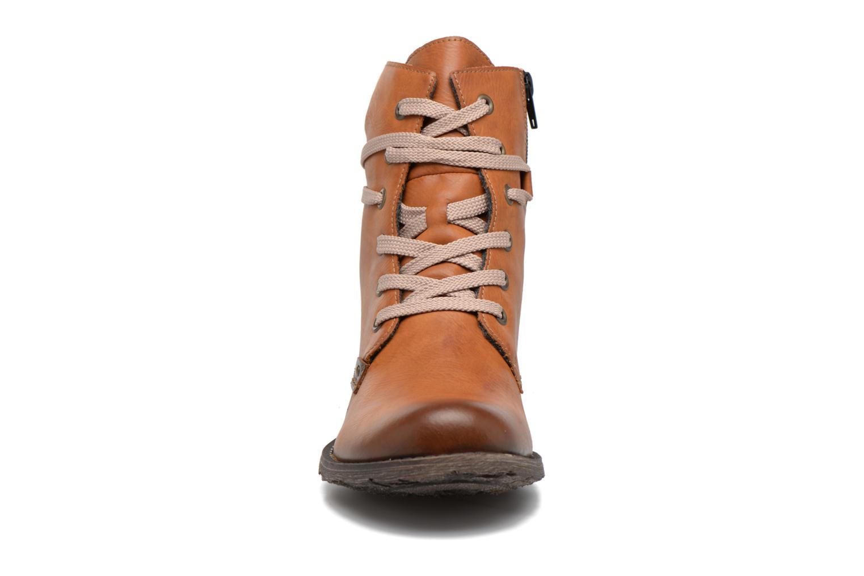 Bottines et boots Rieker Barbara 70829 Marron vue portées chaussures