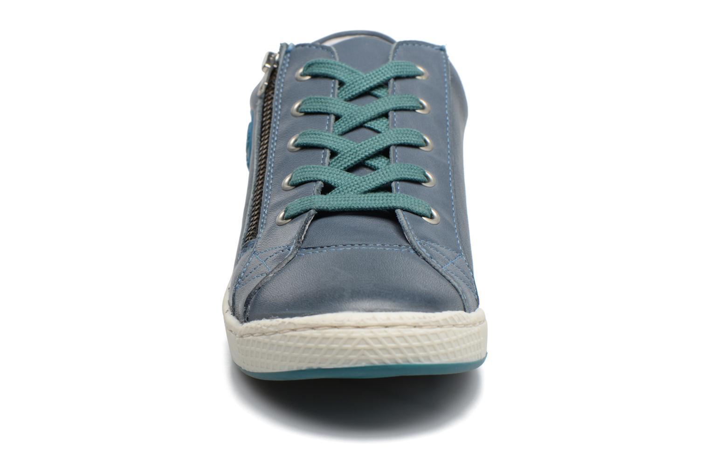 Baskets Pataugas JULE Bleu vue portées chaussures
