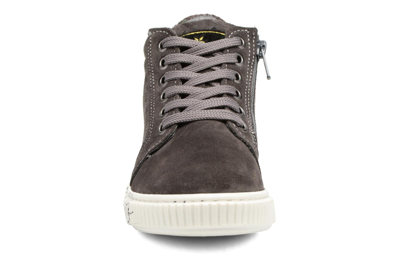 Sneaker Melania POLACCO LACCI grau schuhe getragen