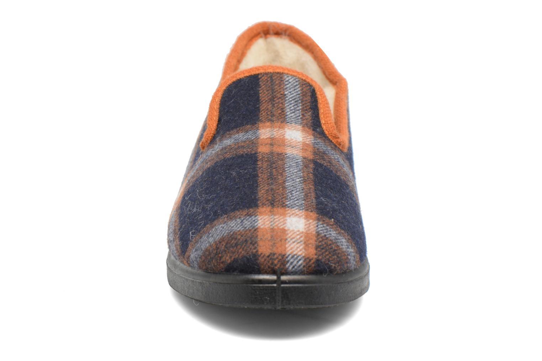 Pantofole Rondinaud Dolus Azzurro modello indossato