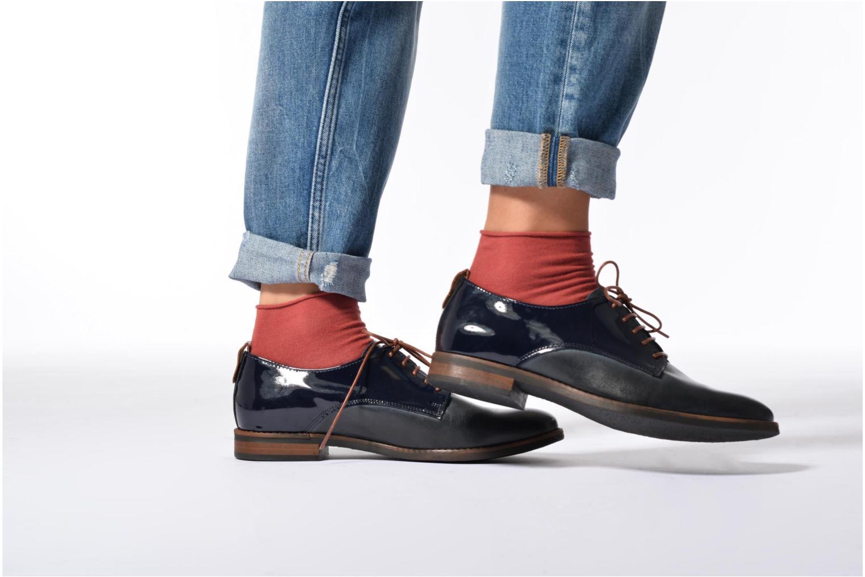 Chaussures à lacets Georgia Rose Neverni Bleu vue bas / vue portée sac