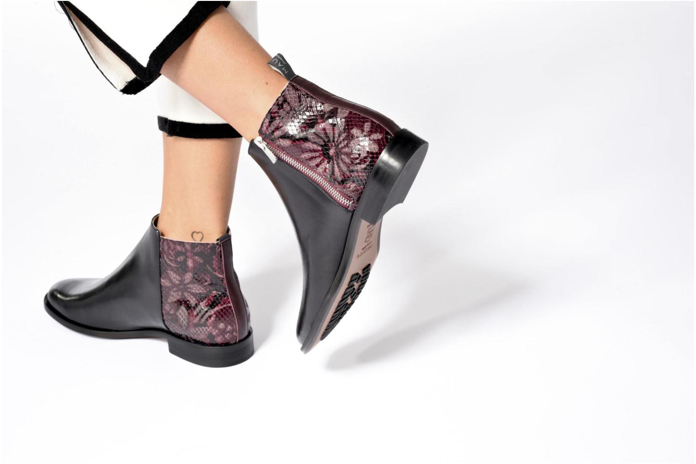Bottines et boots MAURICE manufacture Carlita Noir vue bas / vue portée sac
