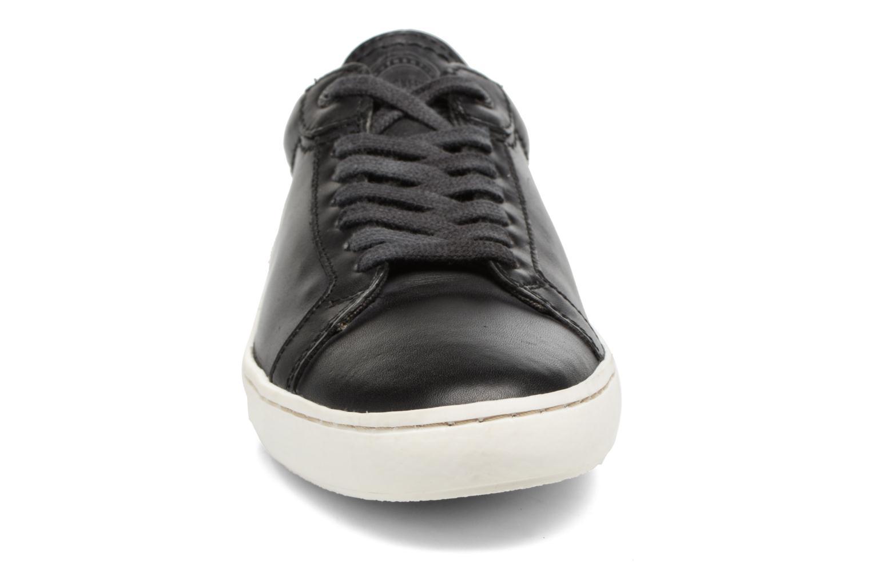 Baskets Kickers REBIRTH Noir vue portées chaussures
