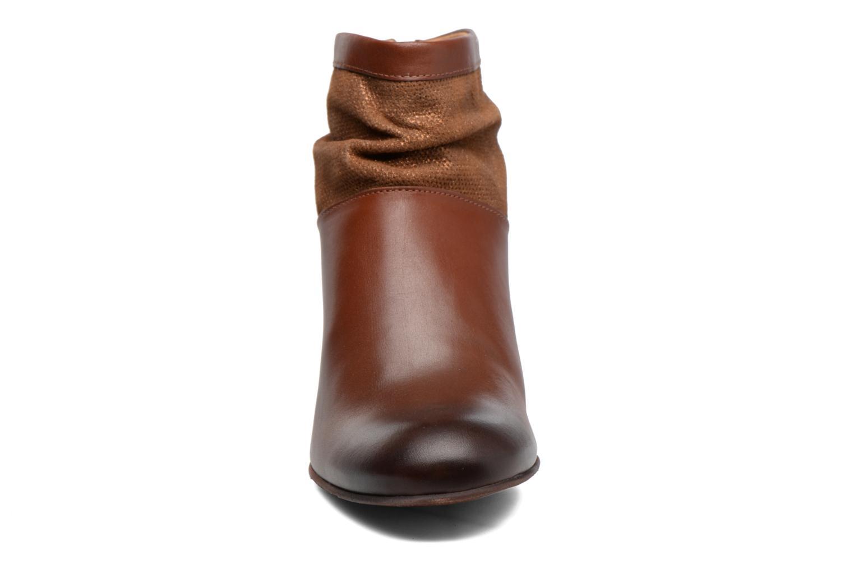 Boots en enkellaarsjes Kickers SEETY Bruin model