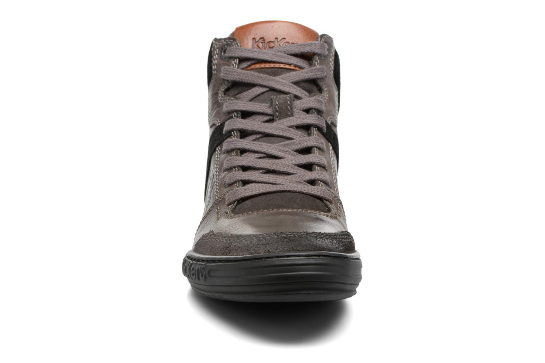 Baskets Kickers JEXPLOREHIGH Gris vue portées chaussures