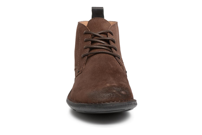 Chaussures à lacets Kickers SWIRATAN Marron vue portées chaussures