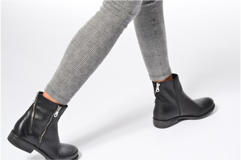 Stiefeletten & Boots Georgia Rose Matrac schwarz ansicht von unten / tasche getragen