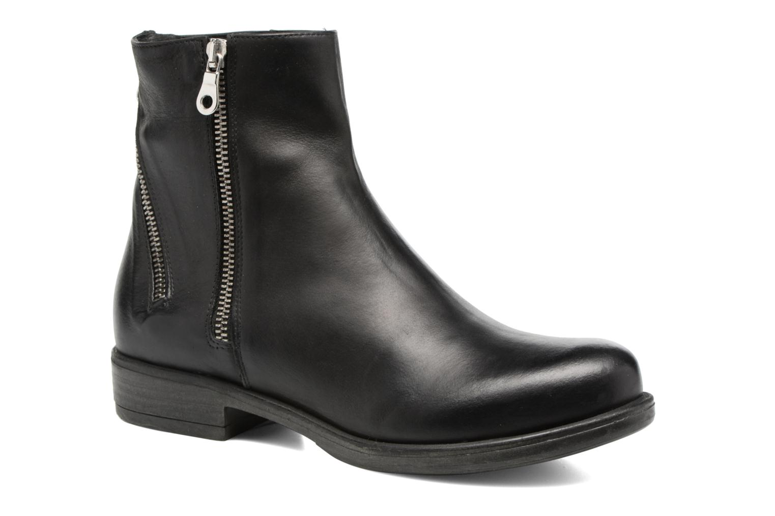 Ankle boots Georgia Rose Matrac Black detailed view/ Pair view