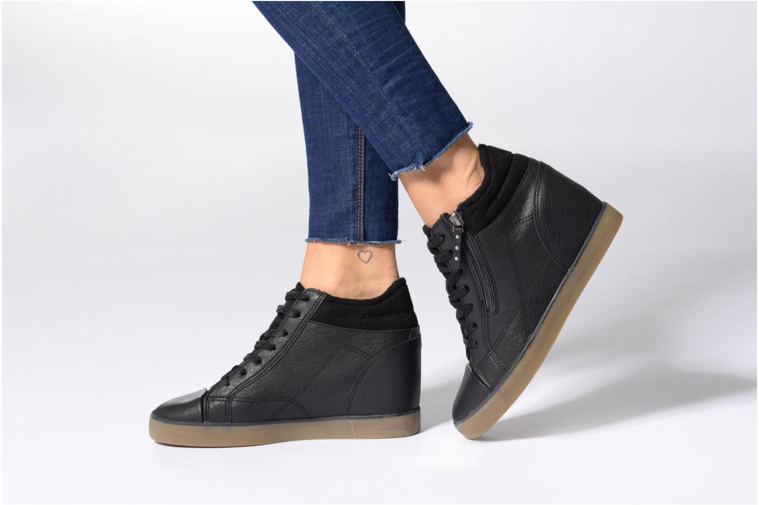 STAR WEDGE Black