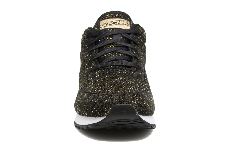 Sneaker Skechers OG 85 Low Flyers schwarz schuhe getragen