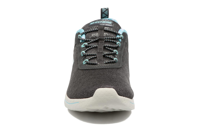 Chaussures de sport Skechers Burst 2.0 Sunny Side Gris vue portées chaussures