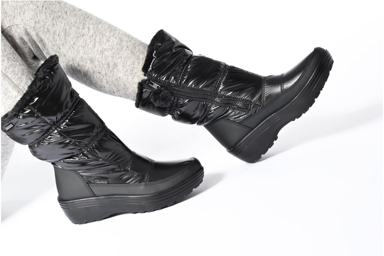 Chaussures de sport Skechers Alaska Abyss Noir vue bas / vue portée sac