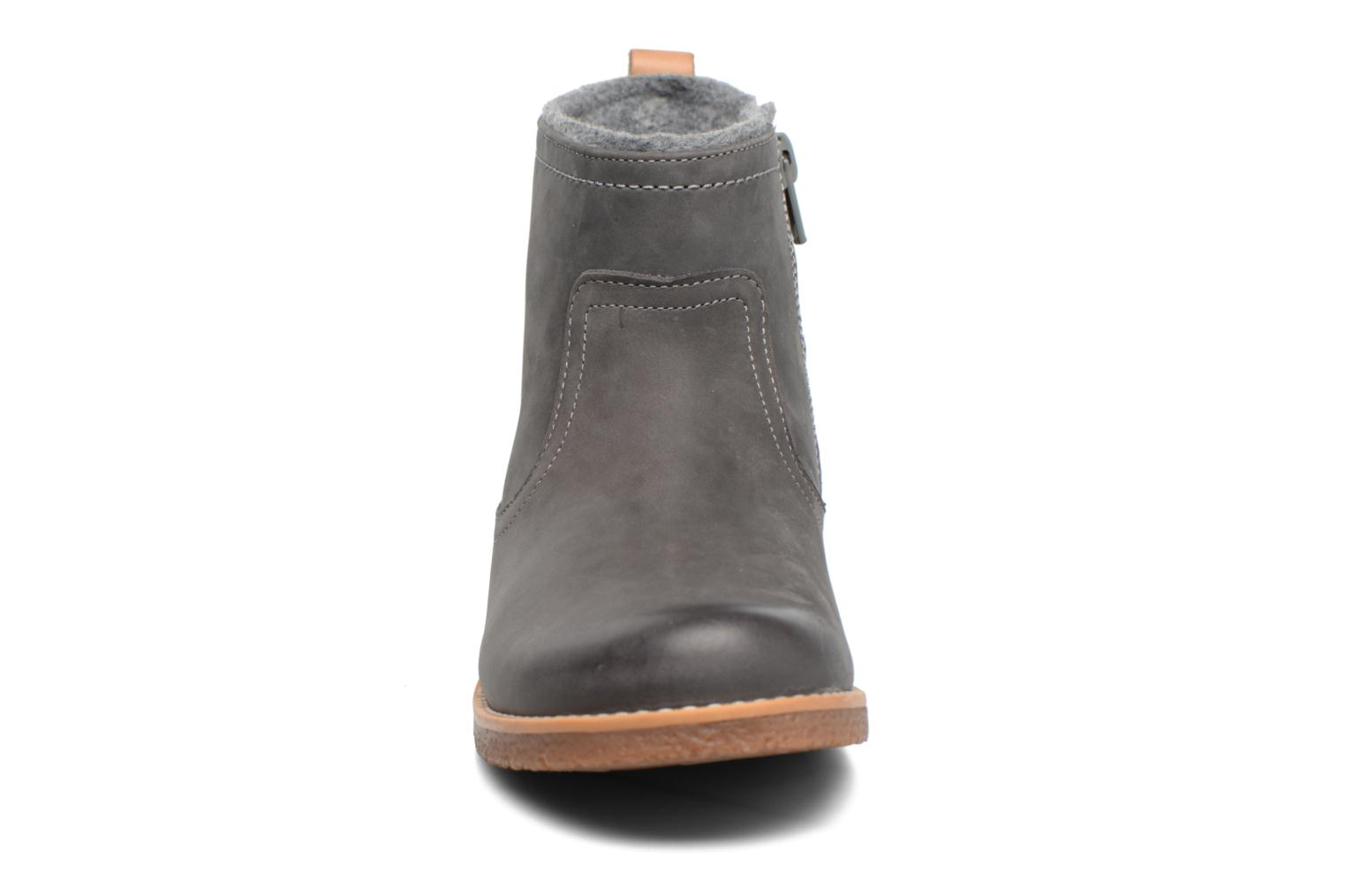 Tildy Moe Grey leather