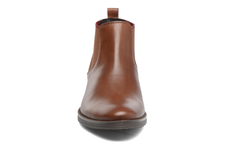 Bottines et boots Geox D Mendi Np Abx A D746SA Marron vue portées chaussures