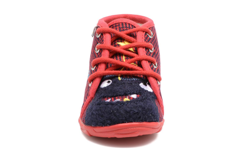Chaussons GBB Pablito Rouge vue portées chaussures