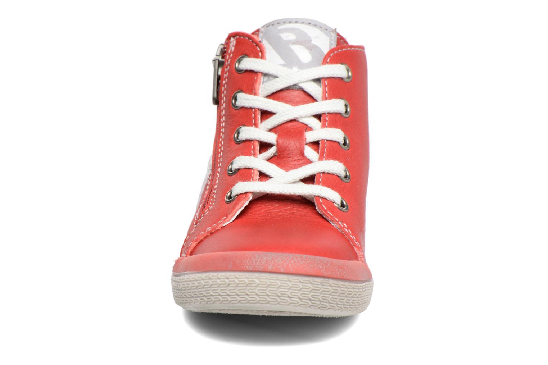 Sneaker Babybotte B3 Lacet rot schuhe getragen