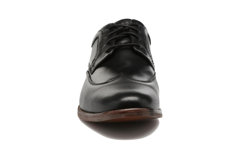 Chaussures à lacets Rockport SP Perf Wingtip Noir vue portées chaussures