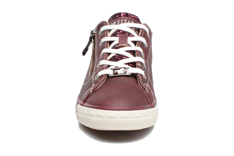 Baskets Mustang shoes Jefi Bordeaux vue portées chaussures