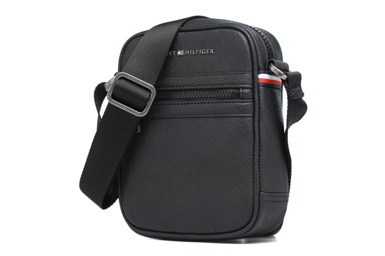 Herrentaschen Tommy Hilfiger Essentiel Mini reporter schwarz schuhe getragen