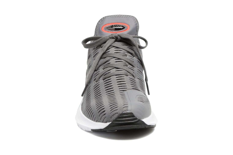 Baskets Adidas Originals Climacool 02/17 Gris vue portées chaussures