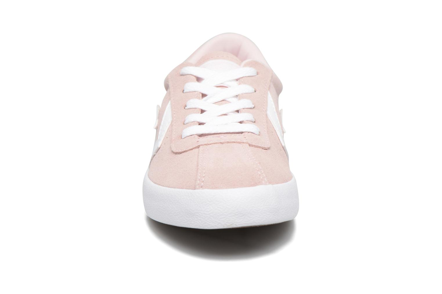 Baskets Converse Breakpoint Suede Ox Rose vue portées chaussures
