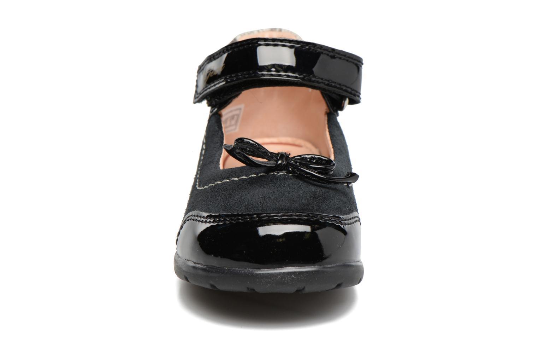 Baskets Geox B Toledo B. B B7446B Noir vue portées chaussures