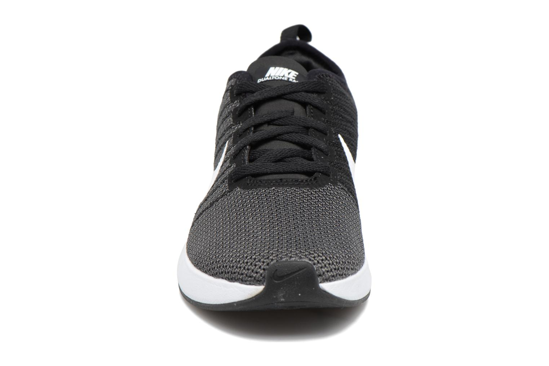 Sportschuhe Nike W Nike Dualtone Racer weiß schuhe getragen