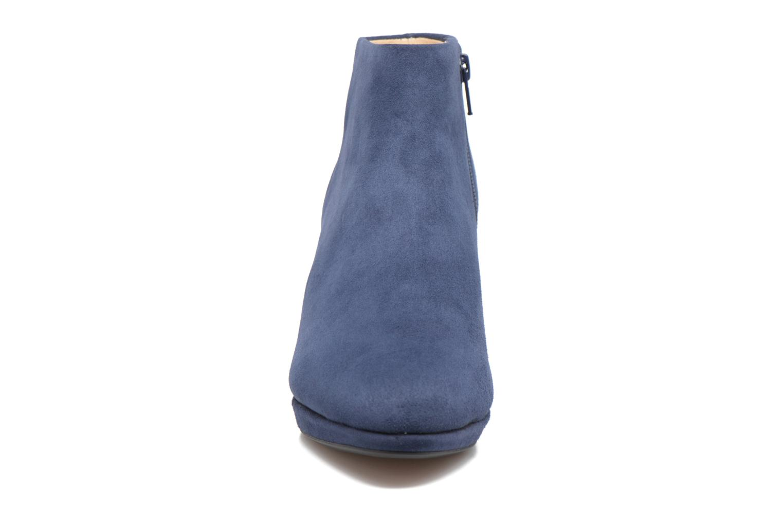 Bottines et boots Clarks Kelda Nights1 Bleu vue portées chaussures