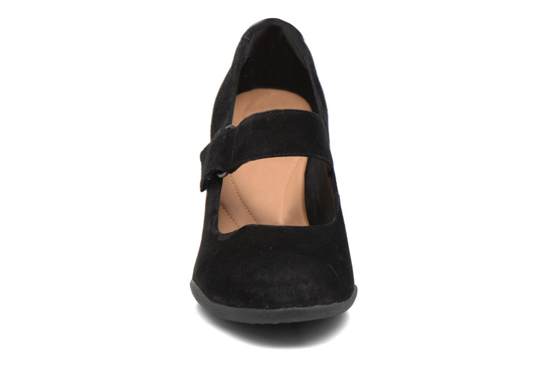 Escarpins Clarks Adya Clara Noir vue portées chaussures