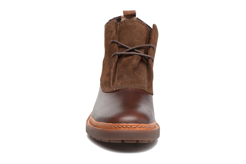 Bottines et boots Clarks Trace Fawn Marron vue portées chaussures