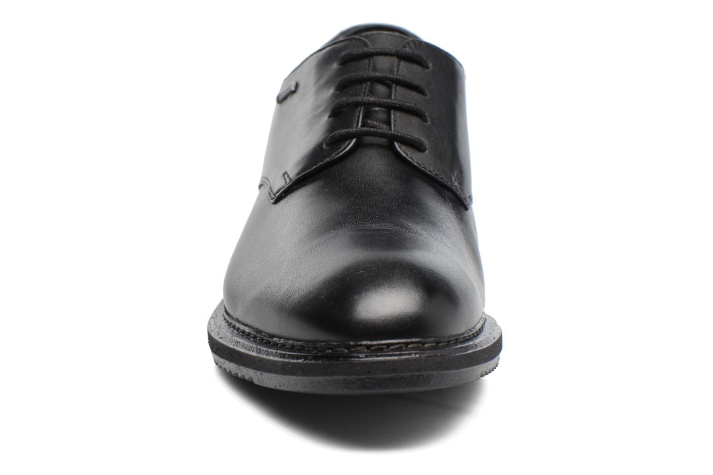 Chaussures à lacets Clarks KenleyWalk GTX Noir vue portées chaussures