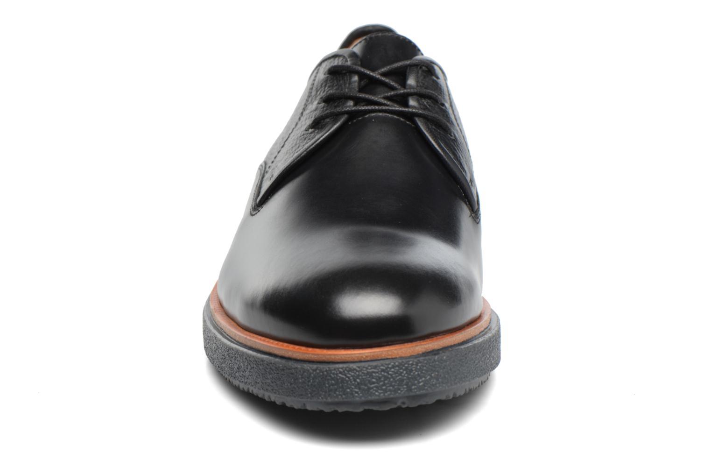 Chaussures à lacets Clarks Modur Walk Noir vue portées chaussures