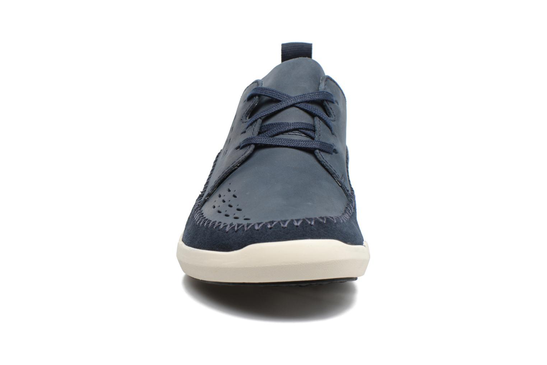 Baskets Clarks Trifri Lace Bleu vue portées chaussures