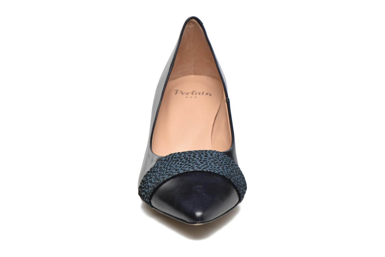 Escarpins Perlato Caesar Noir vue portées chaussures