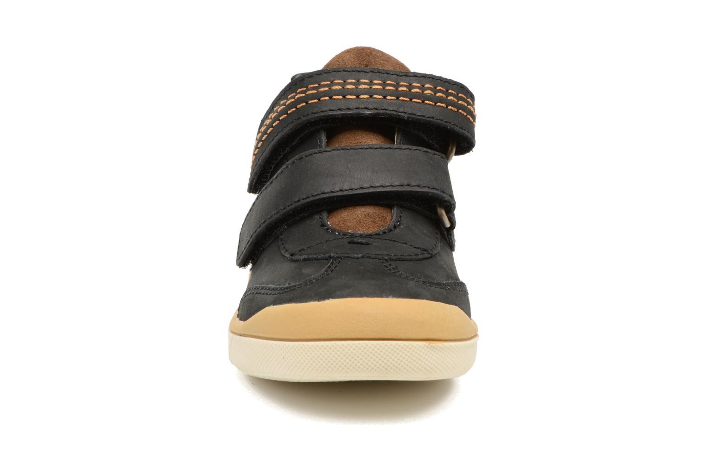 Sneakers Kickers Goldorage Zwart model